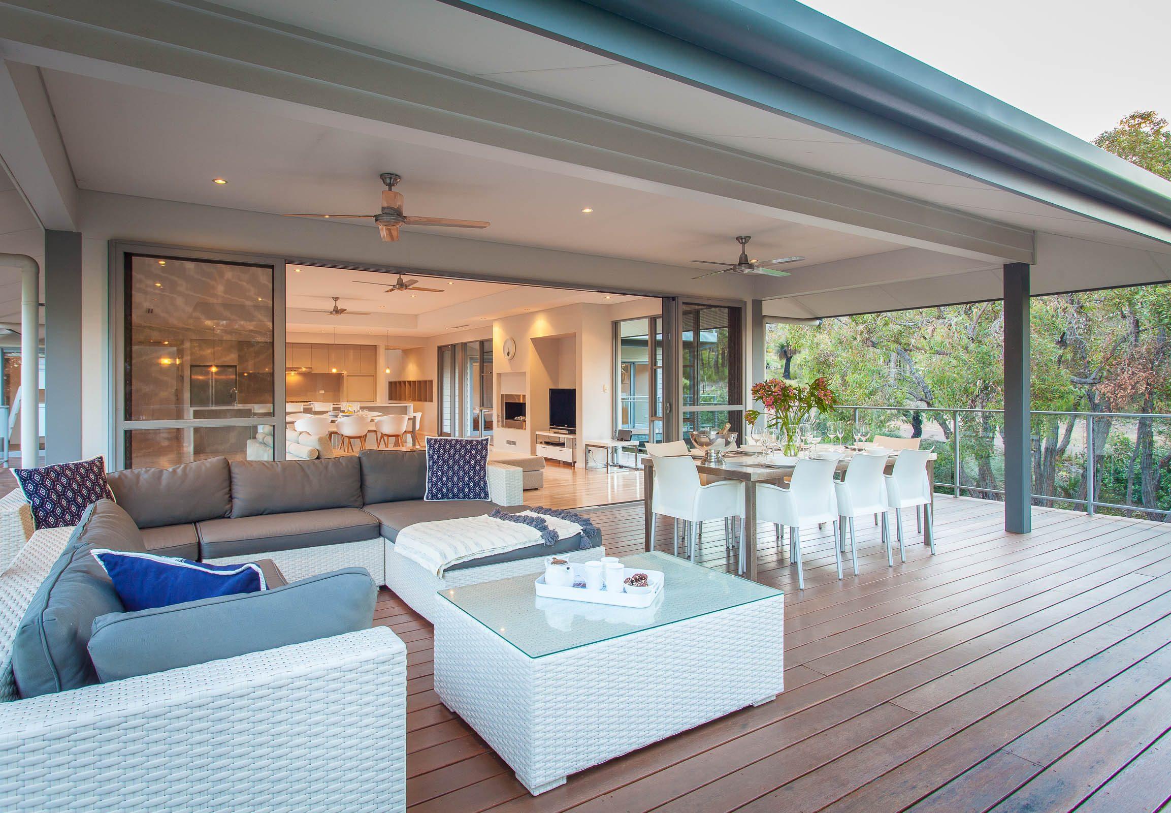 30-160041-deck-house-pp