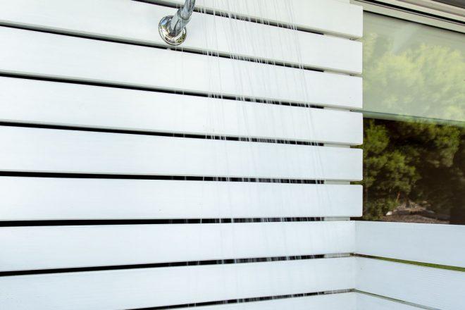 Hot outdoor shower, back garden, Surf's Up, Yallingup