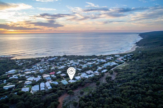 Aerial map view of Surf's Up, Yallingup overlooking the stunning coastline