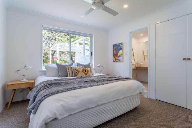 Master bedroom at Surf's Up, Yallingup